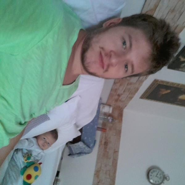 LaurentiuMR, barbat, 31 ani, Suceava