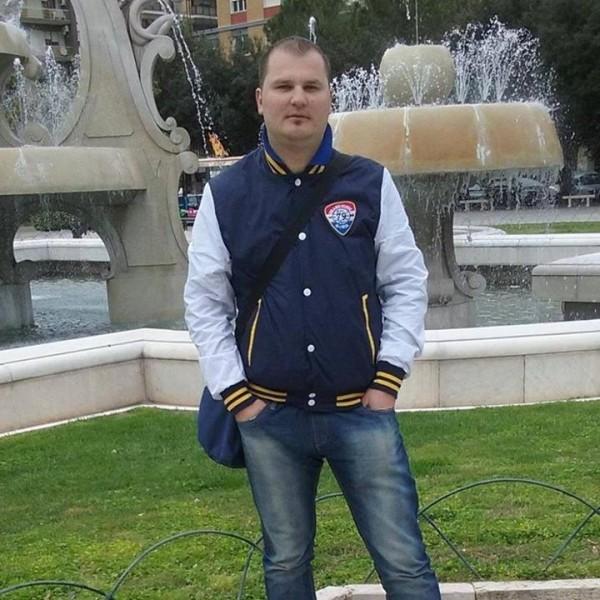 Emilio88, barbat, 30 ani, Ramnicu Valcea