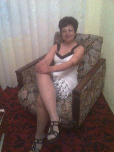 Vivicristea, femeie, 19 ani, Calarasi