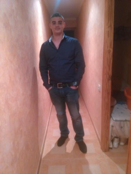 alexandru95688, barbat, 26 ani, Spania