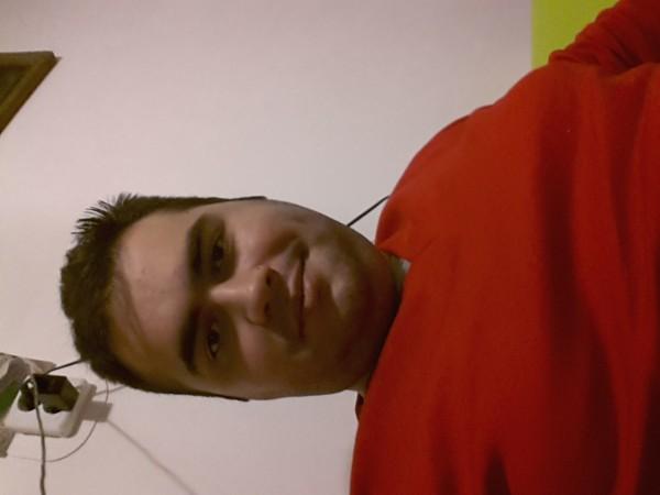 adonis66, barbat, 30 ani, Cluj Napoca