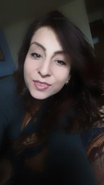 Addutza, femeie, 28 ani, Afganistan