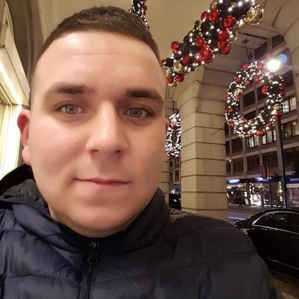Mike366, barbat, 26 ani, BUCURESTI