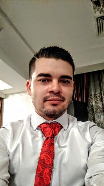 CristianVS, barbat, 28 ani, BUCURESTI