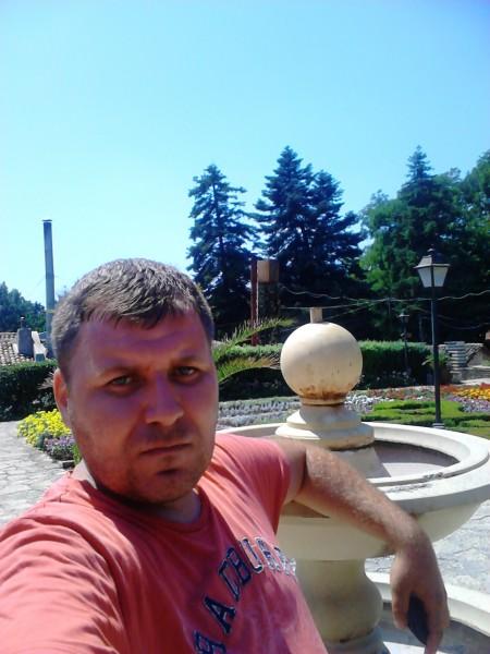 Alin_81, barbat, 37 ani, Harlau