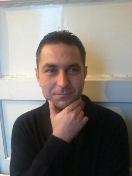 ywefu, barbat, 43 ani, BUCURESTI