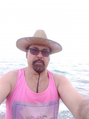 Barbuta60, barbat, 61 ani, Busteni