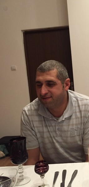 MoldovanM, barbat, 40 ani, Campina