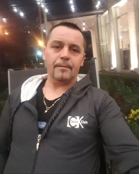 PaulPtTine, barbat, 43 ani, Dej