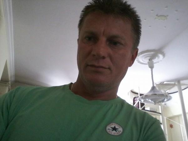 iliebadescu, barbat, 37 ani, Resita