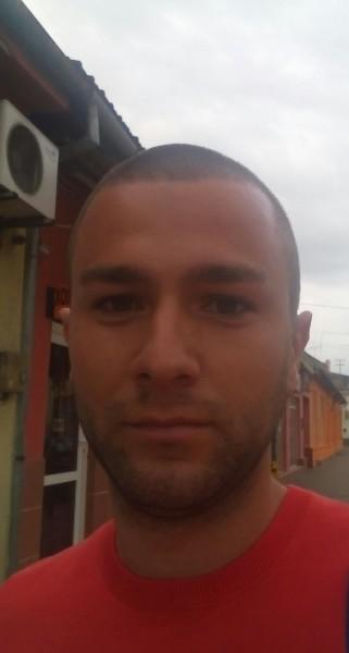 Casian1990, barbat, 28 ani, Lugoj