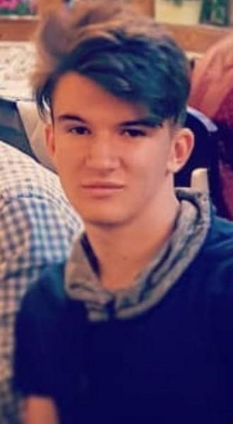 alejandro1111, barbat, 18 ani, BUCURESTI