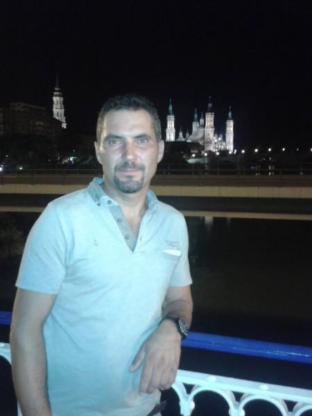 cosminik38, barbat, 45 ani, Navodari