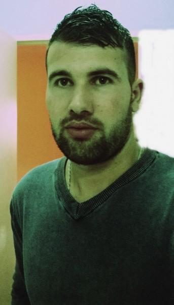 Cllaudiu21, barbat, 29 ani, Romania