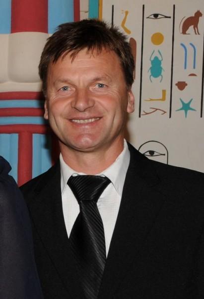 ValiNick, barbat, 48 ani, Brasov