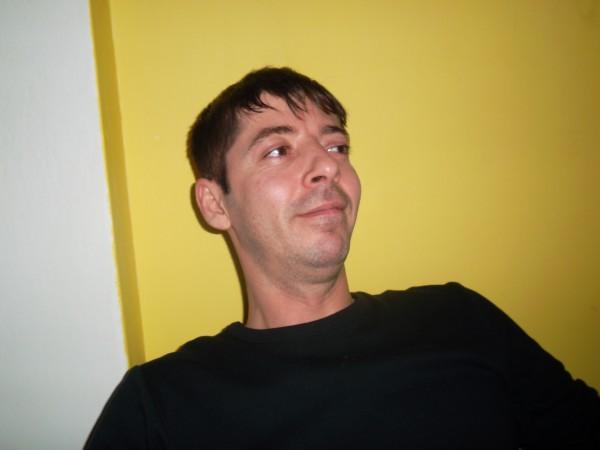alin_dereck78, barbat, 41 ani, Targu Jiu