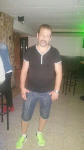 Buncarul25, barbat, 44 ani, Romania