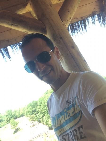 Adrianlogos, barbat, 45 ani, Baia Mare