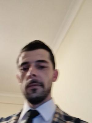 Bogdan012, barbat, 37 ani, Marea Britanie