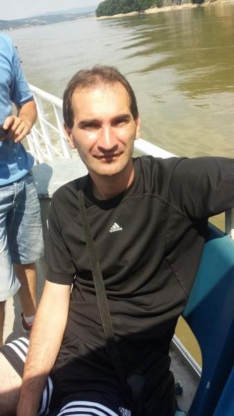 iulianady, barbat, 39 ani, Targu Jiu
