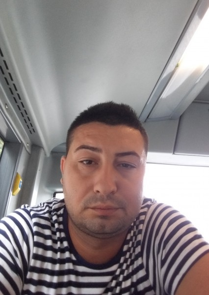 Mirceamm, barbat, 29 ani, Belgia