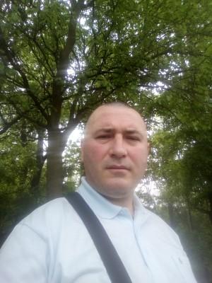 b0b025, barbat, 40 ani, Craiova