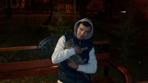 MirceaVl, barbat, 21 ani, Ramnicu Valcea