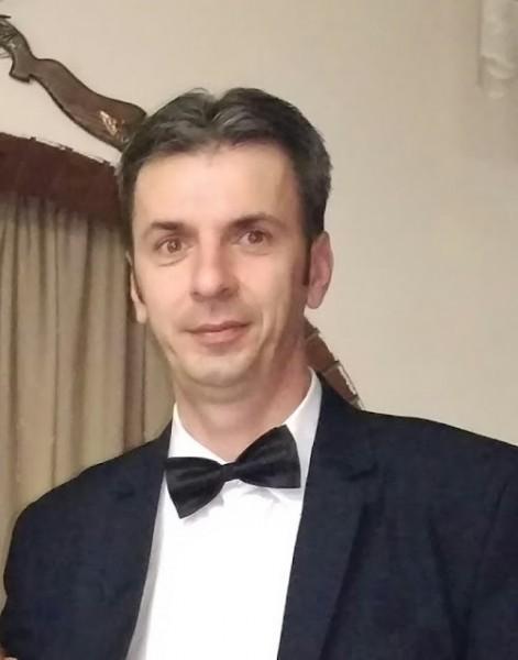 VRischi, barbat, 46 ani, Brasov