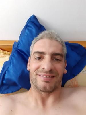 thecool, barbat, 40 ani, Bacau