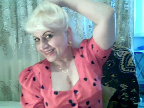 Agrata, femeie, 60 ani, Iasi