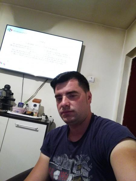 Razvan2008, barbat, 30 ani, BUCURESTI