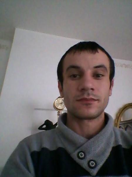 asprilia85, barbat, 32 ani, Romania