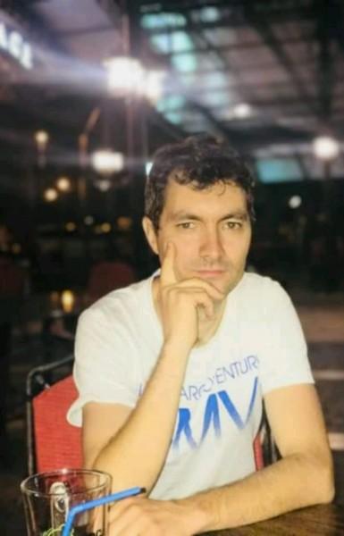 Silviu0010, barbat, 32 ani, Hunedoara
