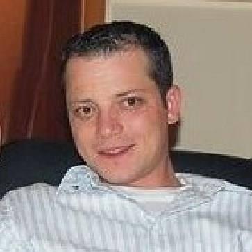 iulian_b_allan, barbat, 33 ani, BUCURESTI