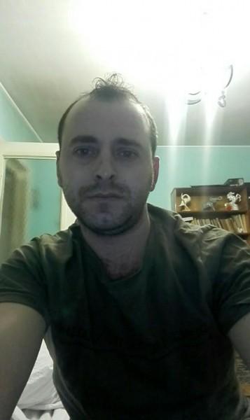 vally30, barbat, 29 ani, Focsani