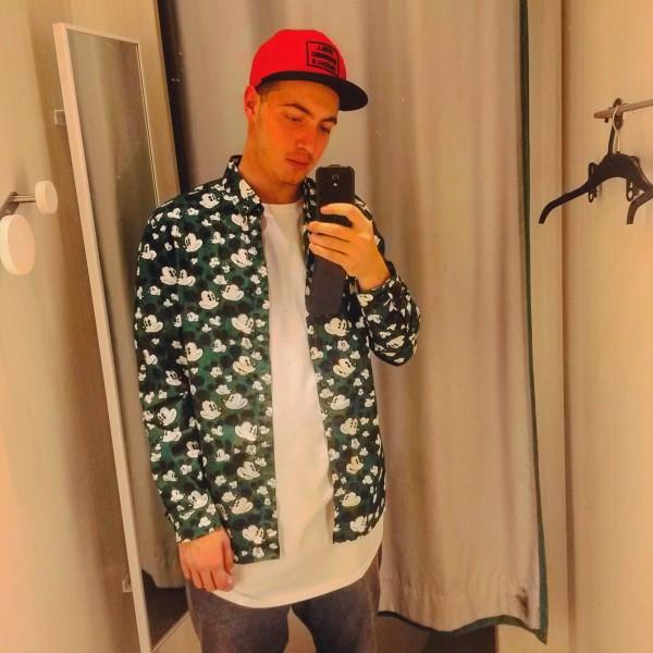 Cristian2297, barbat, 21 ani, BUCURESTI