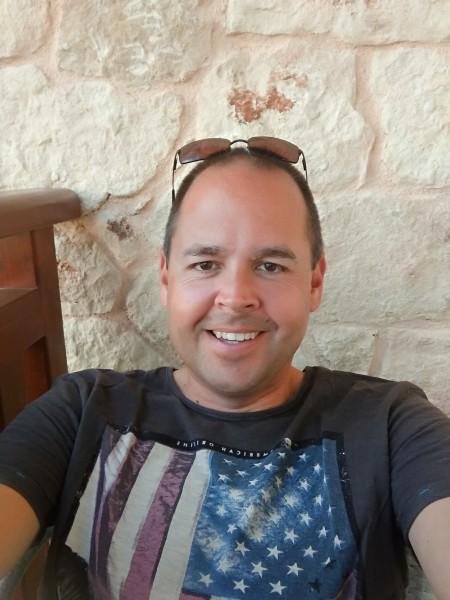 Wollo, barbat, 44 ani, Germania