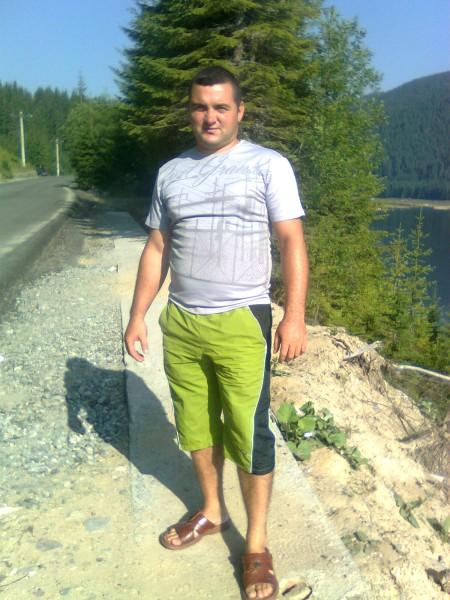 luciandracea, barbat, 34 ani, Targu Jiu