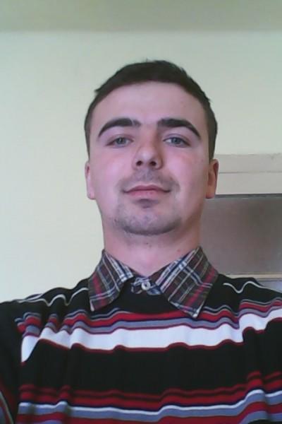 kalmar, barbat, 26 ani, Arad