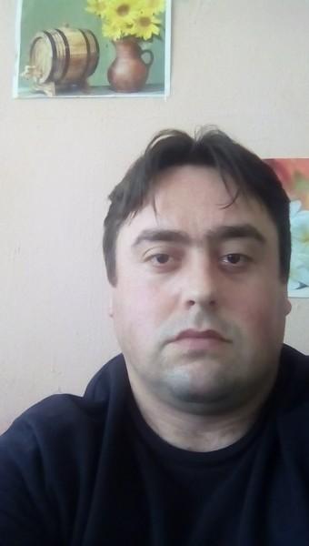 Costy006, barbat, 35 ani, Ploiesti