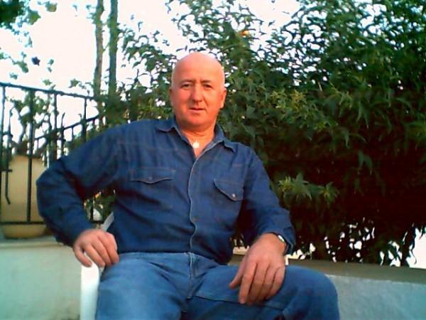 wywy, barbat, 65 ani, Vaslui