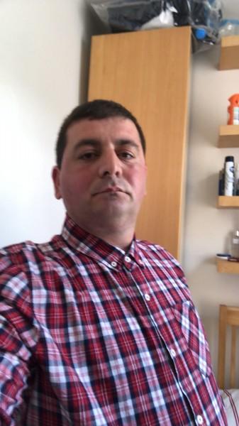 Dan12, barbat, 38 ani, Targoviste