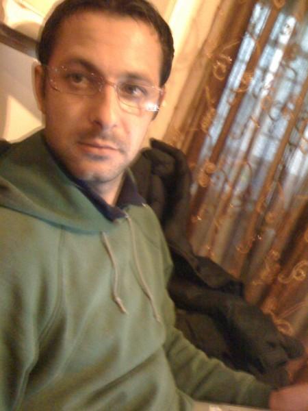 mkllaud, barbat, 42 ani, Grecia