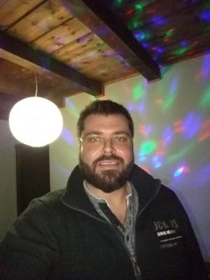 The_life_you_need, barbat, 39 ani, BUCURESTI