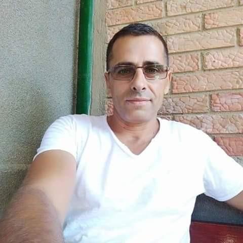 mugur74, barbat, 44 ani, Italia