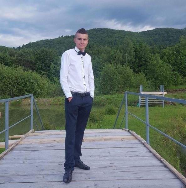 bosca_daniel, barbat, 23 ani, Sibiu