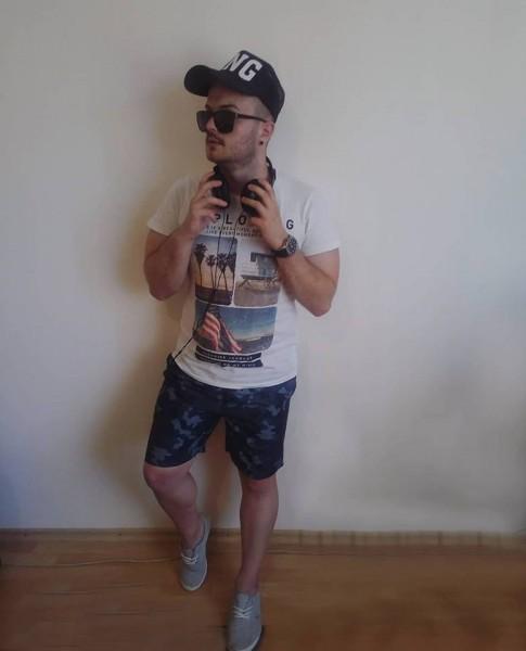 MarioBZ93, barbat, 25 ani, Buzau