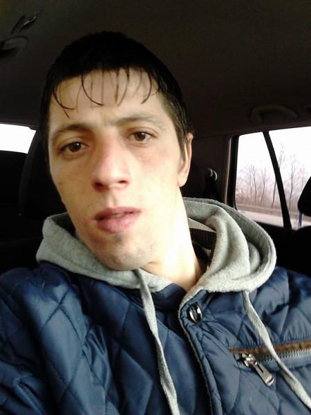 RaulFlorinel, barbat, 29 ani, Ramnicu Valcea