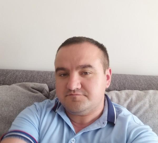 Daniel4000, barbat, 30 ani, Botosani