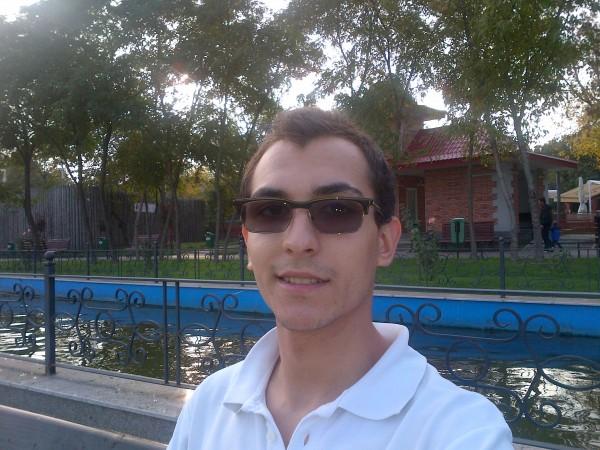 eduardmihaipuiu, barbat, 25 ani, BUCURESTI